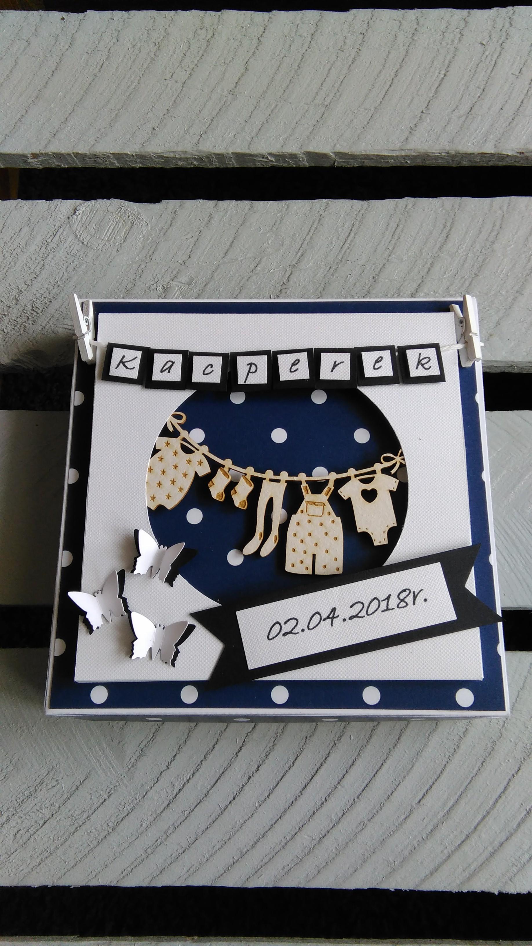 kartka z pudełkiem na chrzest